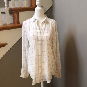 💕 Stunning Ann Taylor Blue and Pink plaid Blouse
